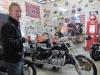 A punto de comprar la Harley en Montevideo
