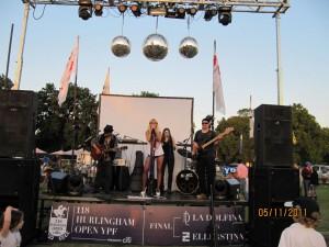 Música en directo tras el partido de polo, Buenos Aires, Argentina