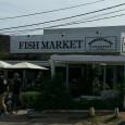 Fish Market un pequeño restaurante en Manantiales, bien decorado y con buen ambiente que invita a entrar. Una vez dentro... invita a quedarte!